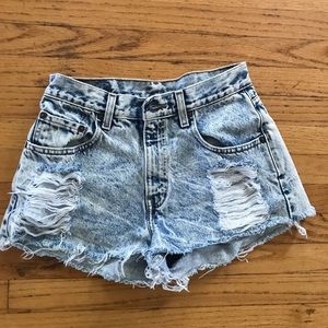 Levi's acid wash short shorts size 27